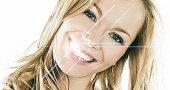 Как сделать зубы белыми в домашних условиях?