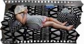 Люди спят, а вы решили их сфотографировать? Остановитесь!