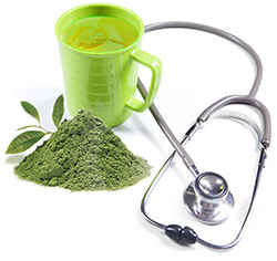 Чаша зеленого напитка