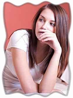 devushka zadumalas foto - Как узнать есть ли девушка у бывшего